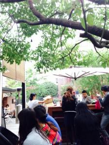 表参道 crisscross テラスカフェ